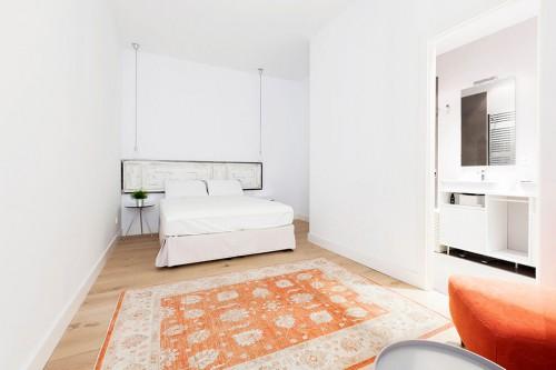 Slaapkamer Fauteuil : Scandinavische slaapkamer uit Madrid Slaapkamer ...