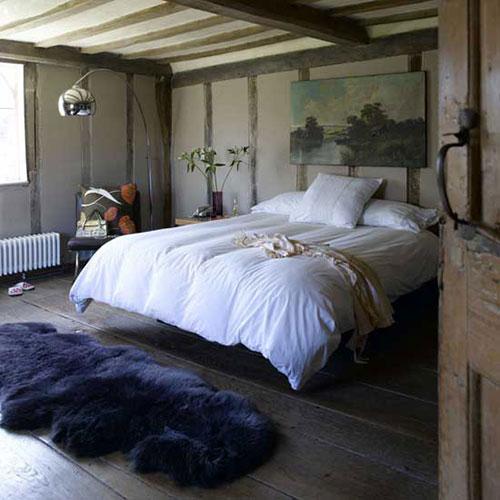 schapenvacht-vloerkleed-slaapkamer