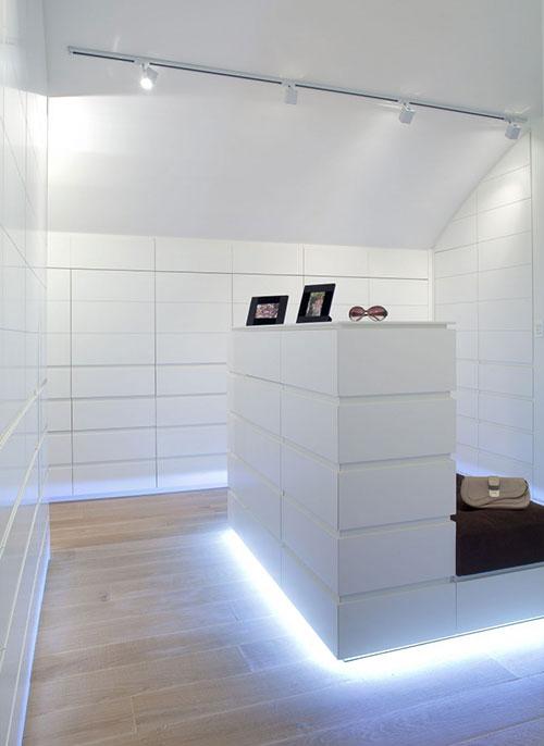 Ikea kleine slaapkamer ideeen : Scheidingswand tussen slaapkamer en ...