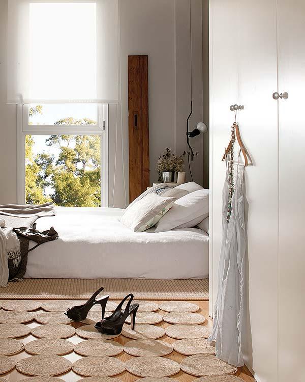 Sfeervolle slaapkamer in een penthouse appartement in Barcelona