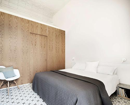 Simpele slaapkamer met Marrokkaanse tegels