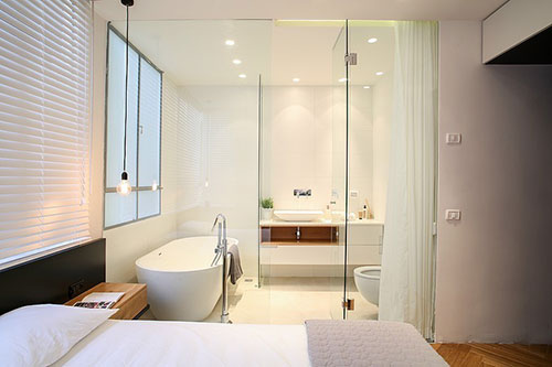 Kranen Lavabo Badkamer ~ Slaapkamer badkamer combinatie met glazen wand  Slaapkamer idee?n