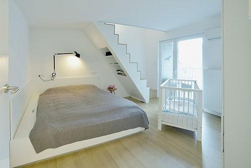 Slaapkamer met bed onder trap : Slaapkamer ideeu00ebn