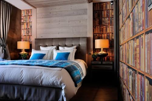 Slaapkamer met bijzonder behang  Slaapkamer ideeën