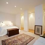 Slaapkamer met inloopkast en badkamer