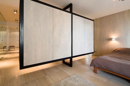 Gordijn Als Scheidingswand : Slaapkamer met kledingkast scheidingswand combi slaapkamer ideeën