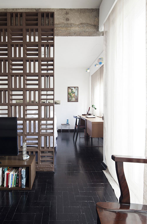 Ikea kleine slaapkamer ideeen : Slaapkamer van kleine loft appartement ...