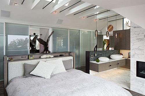 Slaapkamer met alle luxe en gemakken  Slaapkamer ideeën