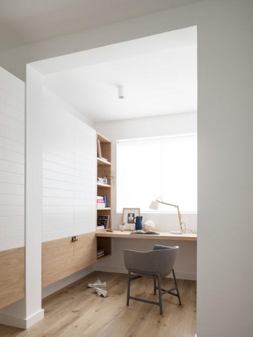 Slaapkamer met kantoorinrichting