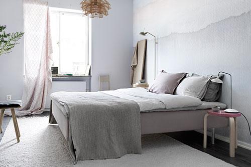 Slaapkamer met lichte zachte kleuren en mooi design | Slaapkamer ideeën