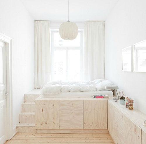 Slaapkamer opbergidee n slaapkamer idee n - Idee kast onder helling ...