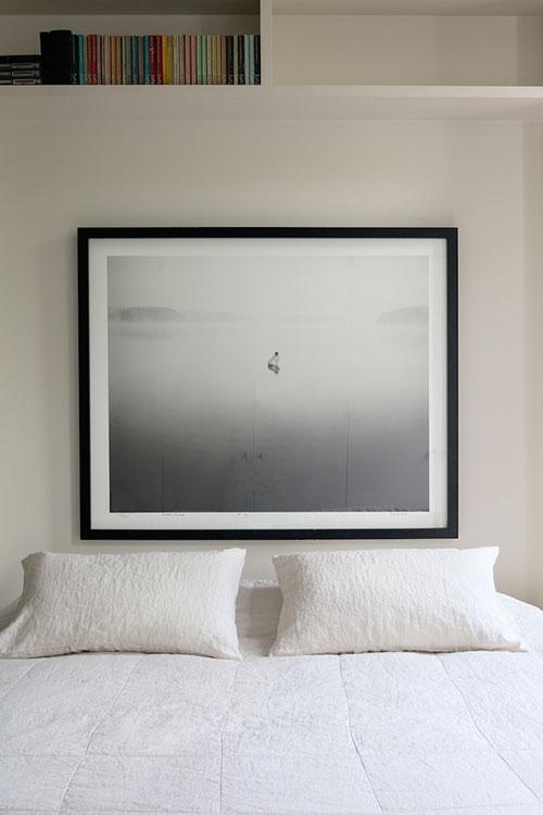 Slaapkamer met rustgevende kalme uitstraling  Slaapkamer ideeën