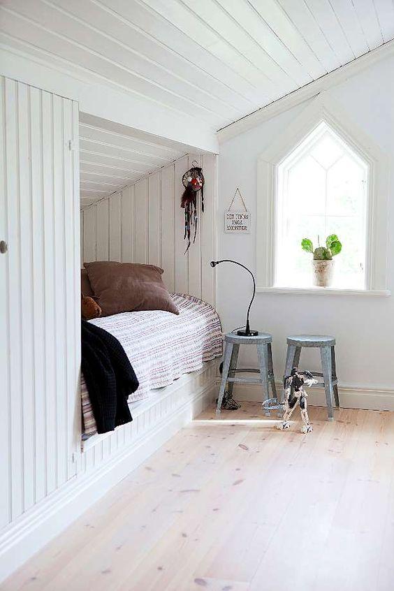 slaapkamer schuin dak bedstee
