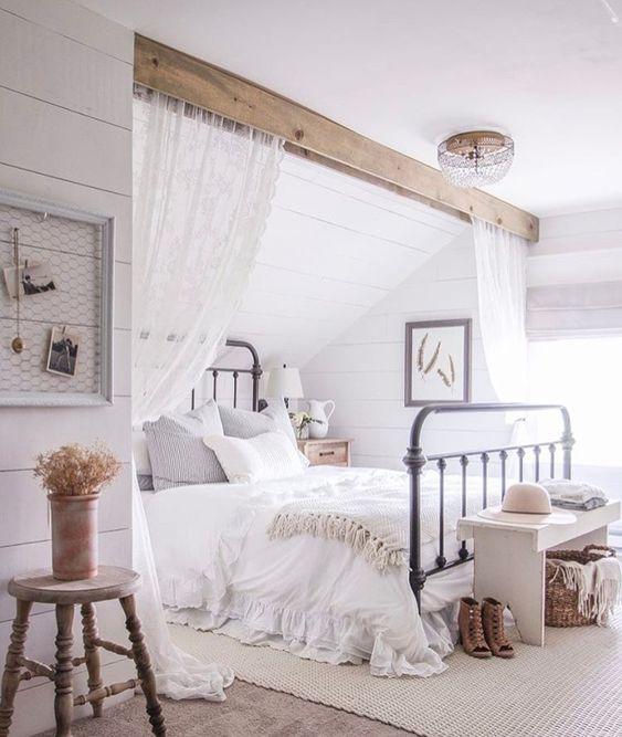 slaapkamer schuin dak houten balk