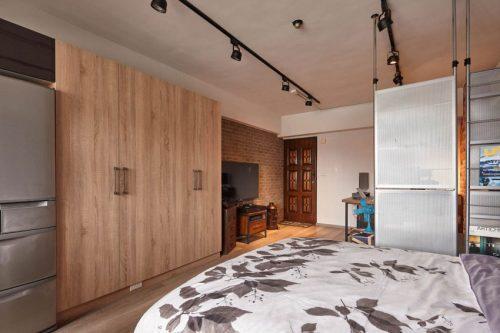 ... van 23m2 uitschuifbaar bed in de trap van de woonkamer tóch