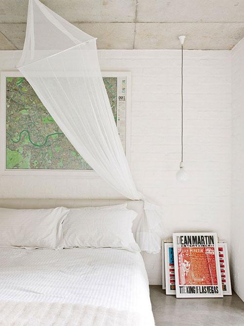 Slaapkamers van een industriële vintage woning