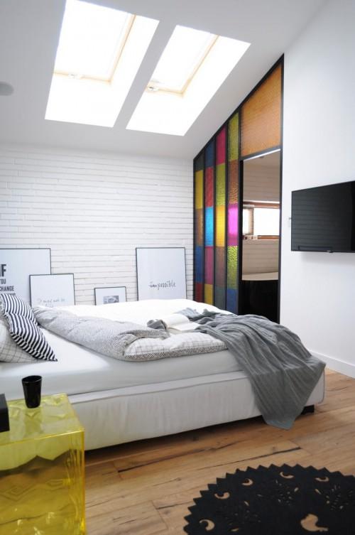 Stoere slaapkamer met open compacte badkamer slaapkamer idee n - Slaapkamer met open badkamer ...