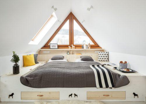 Twee speelse open slaapkamers