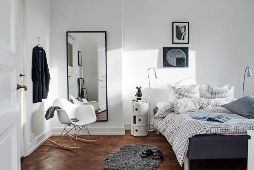 Scandinavische Slaapkamer Ideeen : Verkoopstyling met leuke accessoires in scandinavische slaapkamer