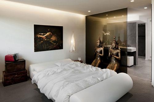 Warme sfeer in een moderne slaapkamer | Slaapkamer ideeën