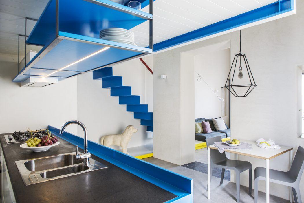 Witte blauwe slaapkamer in vide