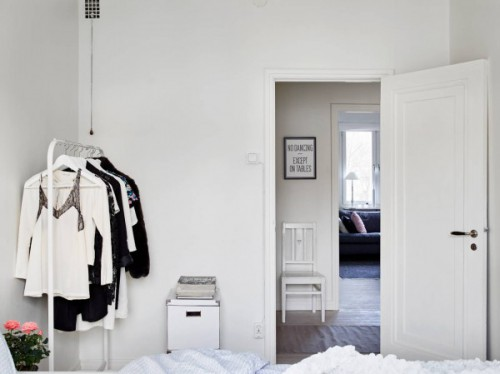 Witte Slaapkamer Inspiratie : Witte inrichting in een Scandinavische ...