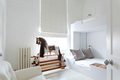 Witte minimalistische kinderkamer slaapkamer idee n - Ideeen van interieurdecoratie ...