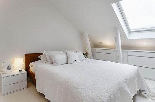 inspiratie slaapkamer schuin dak – artsmedia, Deco ideeën