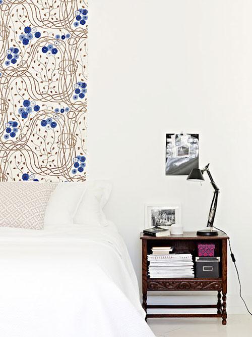Witte slaapkamer met blauwe kleurtinten  Slaapkamer ideeën