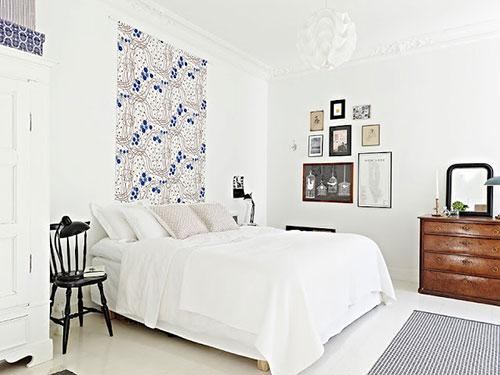 Slaapkamer Ideeen Blauw : Witte slaapkamer met blauwe kleurtinten ...