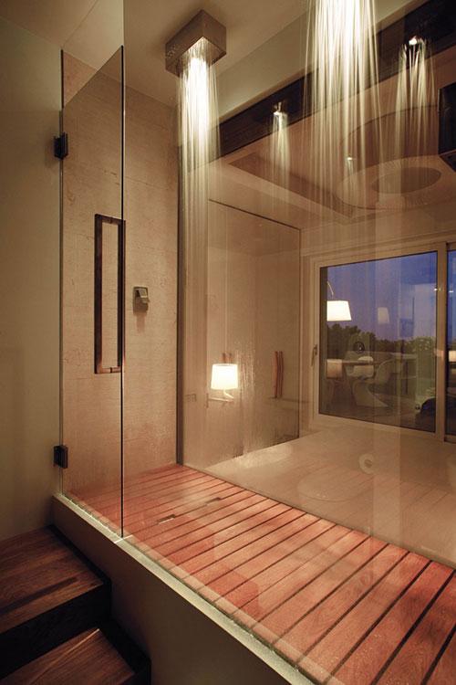 Witte slaapkamer met Italiaans design
