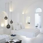 Witte slaapkamer in Santorini door Patsios architecten