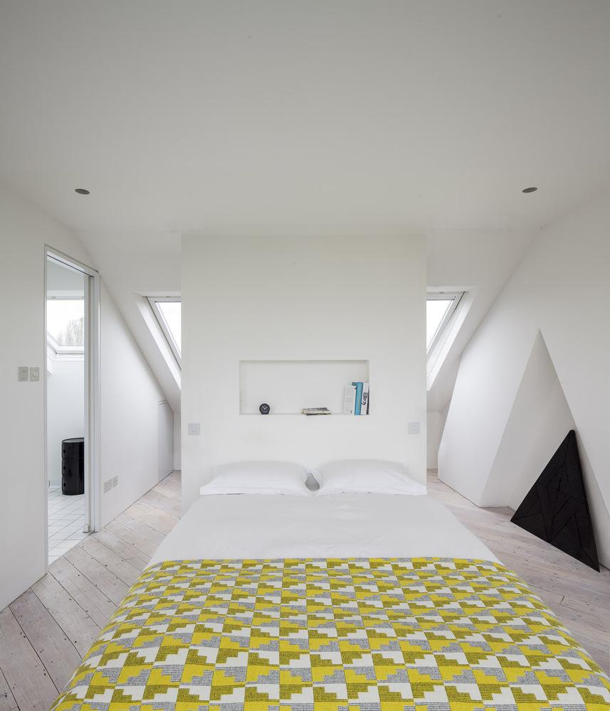 http://www.slaapkamer-ideeen.nl/wp-content/uploads/zo-creeer-je-extra-licht-in-de-slaapkamer-5.jpg